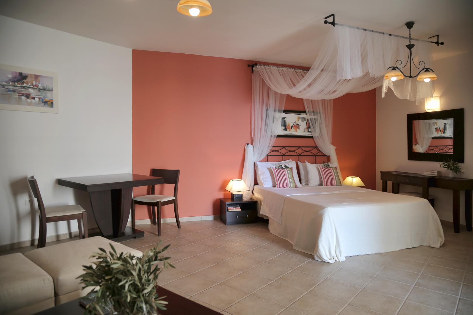 Yalis Hotel - Standard Room Bed
