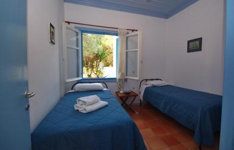 Limani House - Bedroom