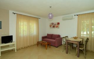 Myrtilos Cottage - Living Area 2