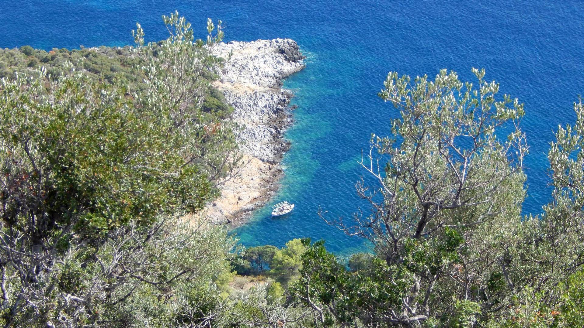 Walking Tour: Patitiri - Old Town - Kalovoulos - Micros Mourtias 04