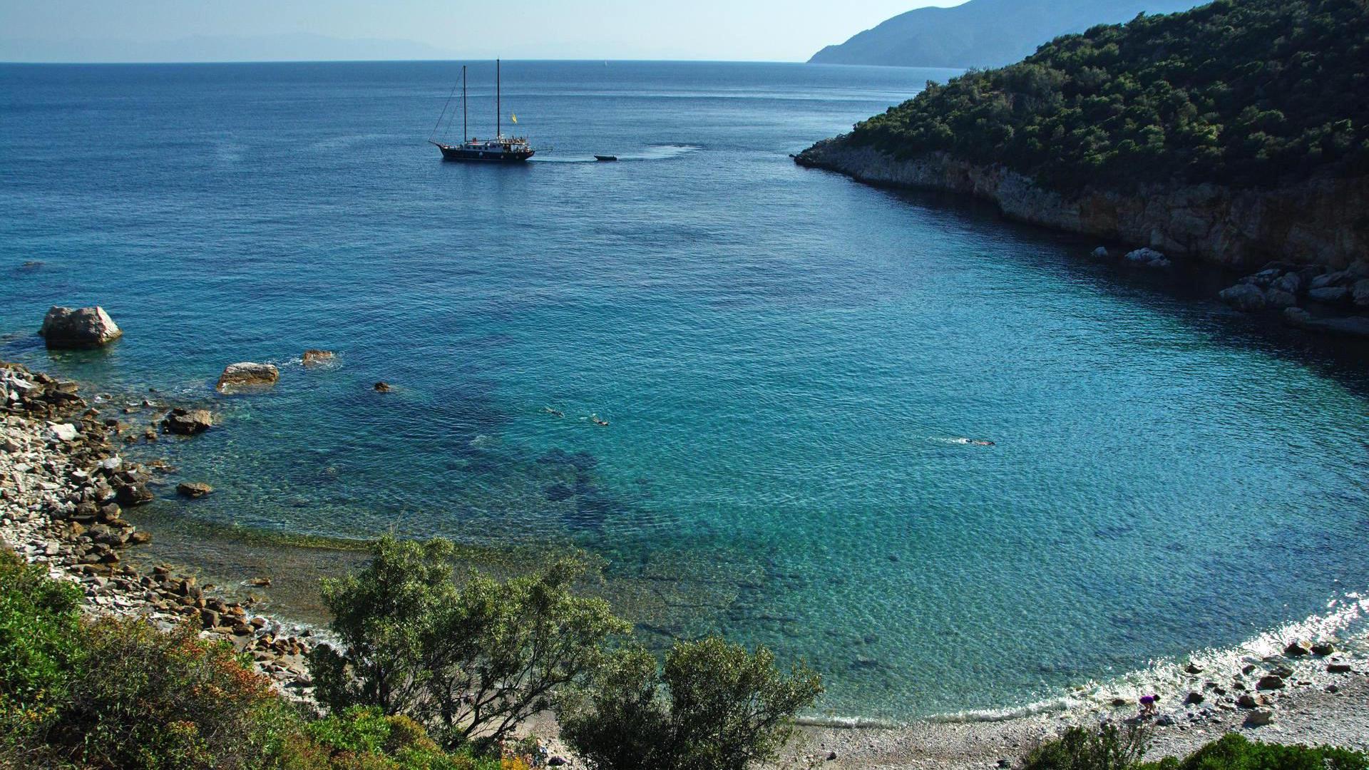 Walking Tour: Patitiri - Old Town - Kalovoulos - Micros Mourtias 05