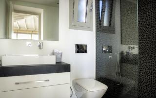 Villa Paparouna - Poolroom - Bathroom