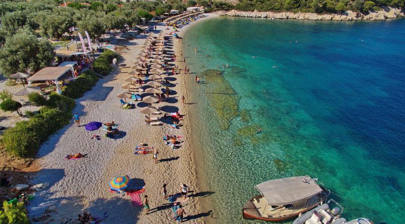 Leftos Yialos Beach